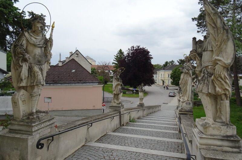 Kirchenstiege in Wolkersdorf