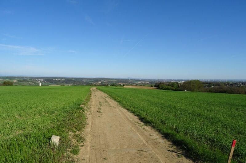 Über die Felder nach Schleinbach