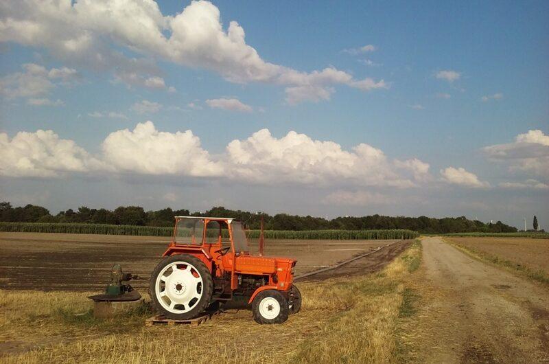 Traktor beim Pumpen