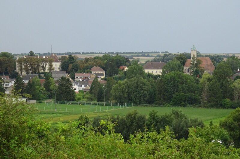 Ulrichskirchen Schloss und Kirche